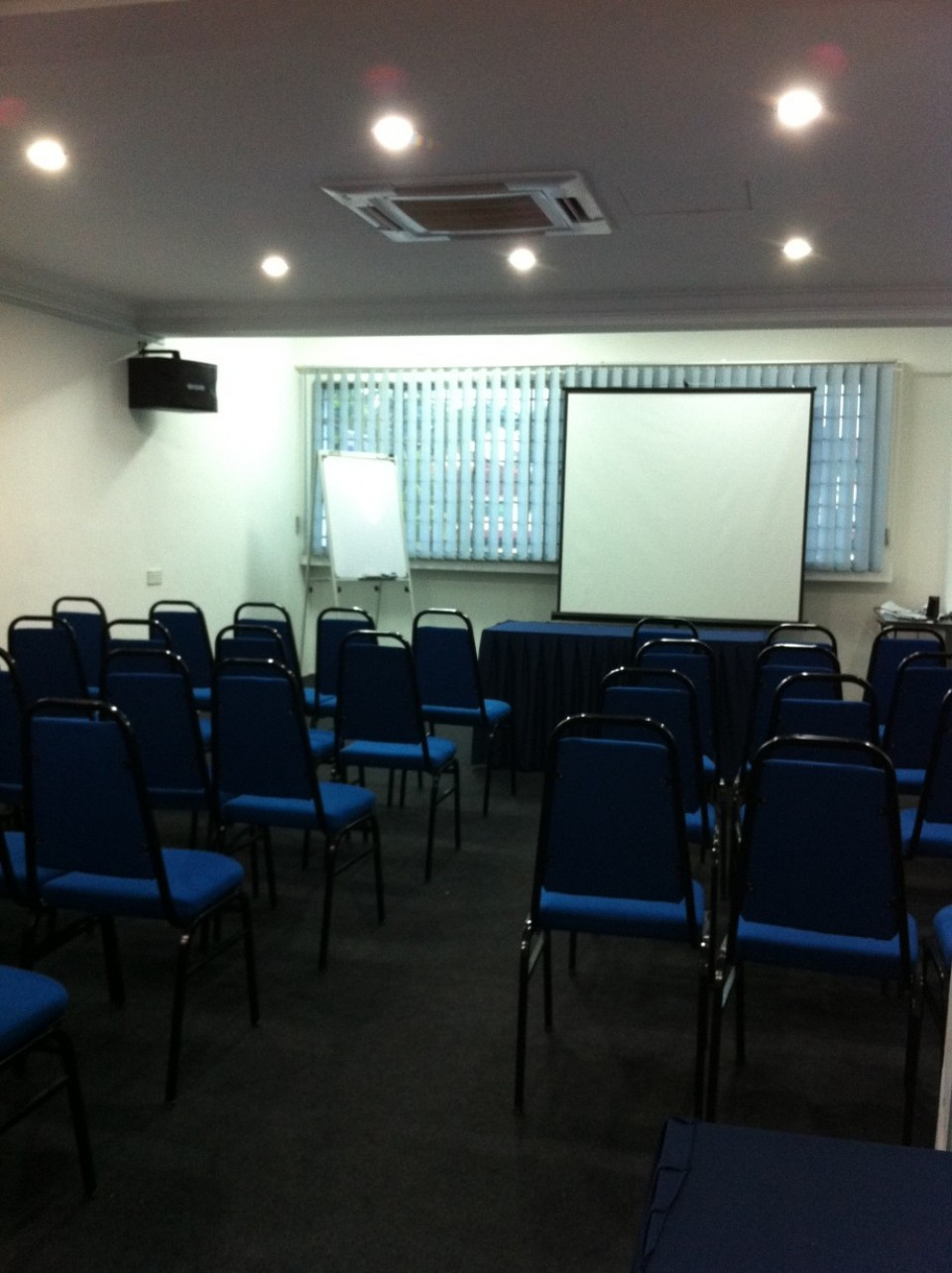 Johor Bahru Meeting Room for Rent, Conference Room, Training Room Rental reviews in JB, Skudai, Mount Austin